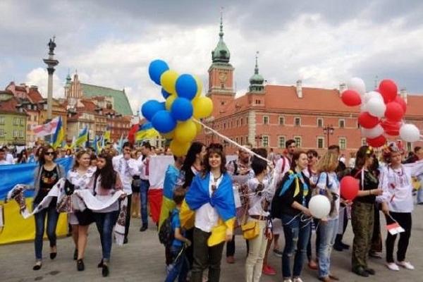 Скільки українців живе у Варшаві