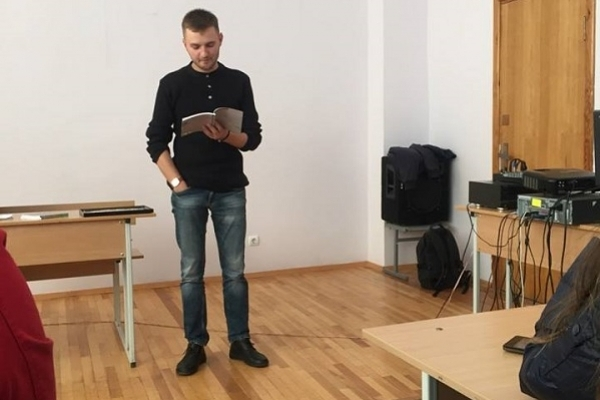 Юрій Матевощук таки доніс до студентів свій Морфій