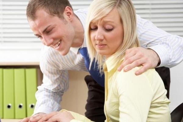 Сексуальні домагання на роботі. Чи присутні вони у стосунках тернополян