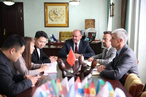 У Тернопільському національному готуються вчити китайців