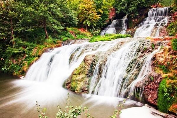 Найвищий рівнинний водоспад України 45 років тому оголосили пам'яткою природи