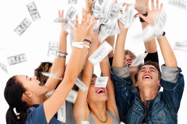 Молодим безробітним Тернопільщини в січні роздали по 2119 гривень