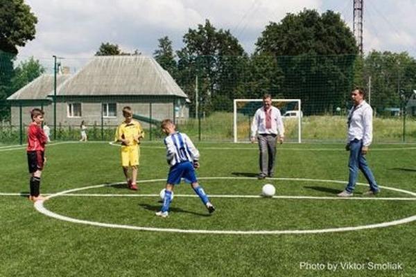 На Тернопільщині набудують спортивних майданчиків