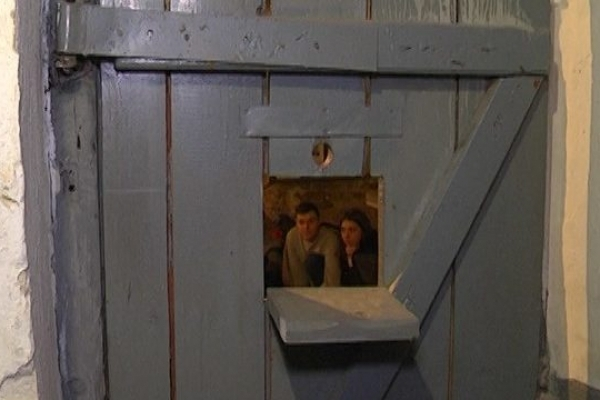 Добу під замком у камерах просиділи студенти та школярі Тернополя