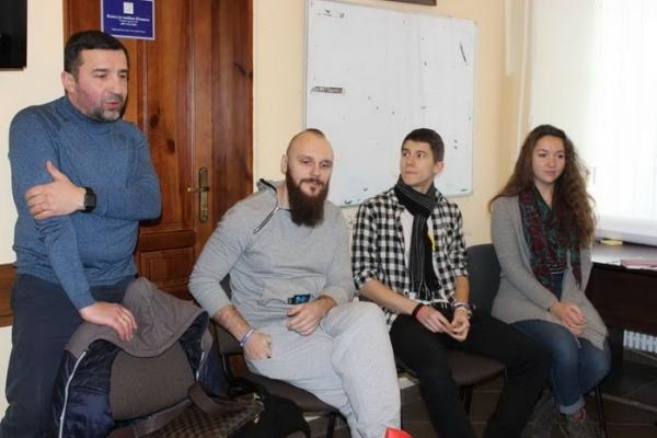 Активна молодь Тернополя спробувала визначити, яка освіта дасть квиток у майбутнє