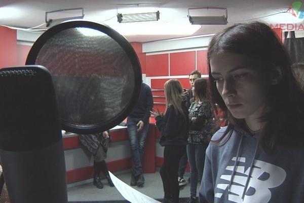 Тернопільські студенти приміряли професію тележурналістів (Відео)