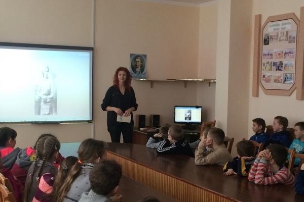 В Бережанах дітям розказали, хто така Лариса Косач