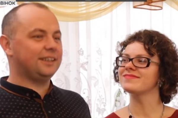 Дивовижна історія кохання: тернополянку і бійця АТО поєднав телефонний дзвінок (Відео)