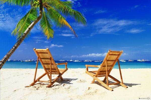 Деякі тернополяни вже відкрили пляжний сезон