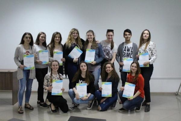 Студенти-волонтери тернопільського ВНЗ переклали близько 100 відеокурсів для іноземних платформ (Фото)