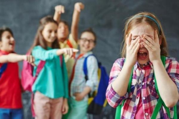 Батьки тепер знають куди звертатись, якщо їхні діти стали жертвами насилля (фото)
