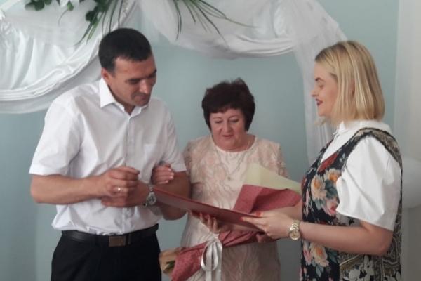 Звільнений із полону одружився… завдяки сервісу «Шлюб за добу»