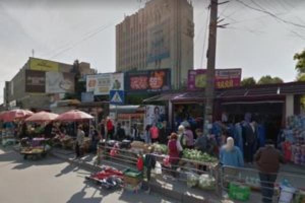Тернополяни просять створити маршрут громадського транспорту з «Баму» до овочевого ринку