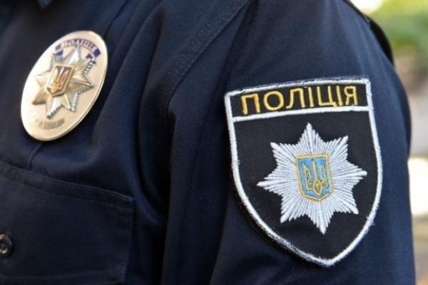 У Тернополі хулігани зламали ніс поліцейському