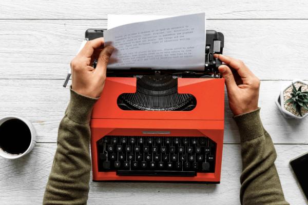 9 порад для письменників-початківців
