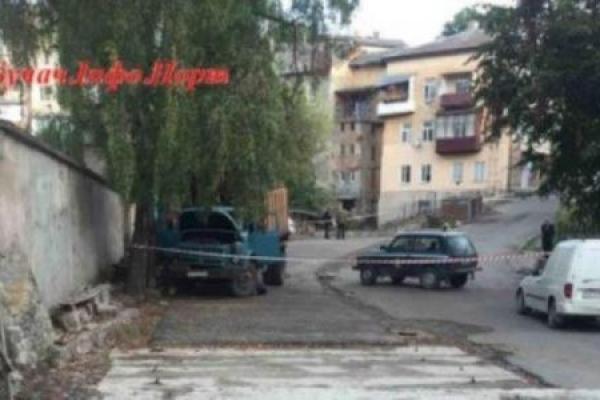 На Тернопільщині вантажівка розчавила водія