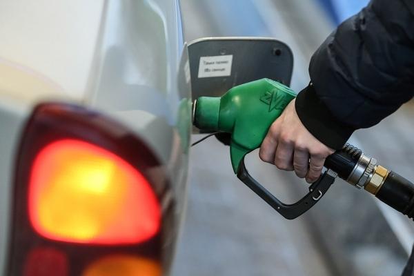 Що в Україні буде з цінами на бензин і дизель