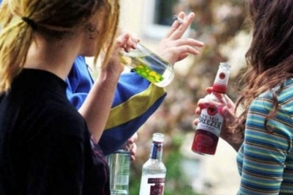 Молоді люди відмовляються від вживання алкоголю – дослідження