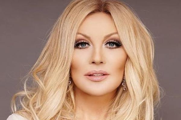 Покарала доля: Українська співачка-зрадниця поскаржилася, що через ботокс втратила голос