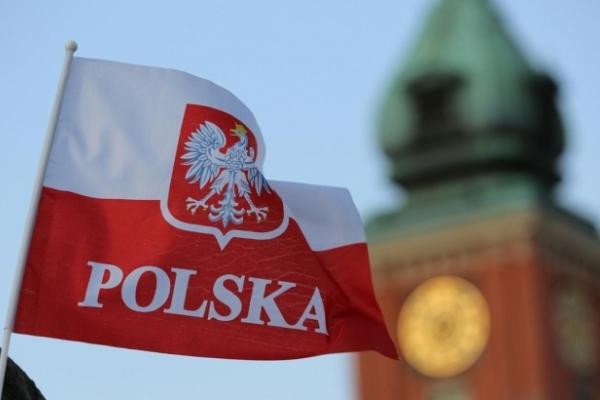 НБУ пояснив, чому українці рідше їздитимуть на роботу до Польщі