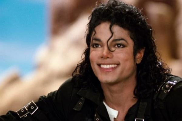 Майкл Джексон став найбагатшою померлою знаменитістю