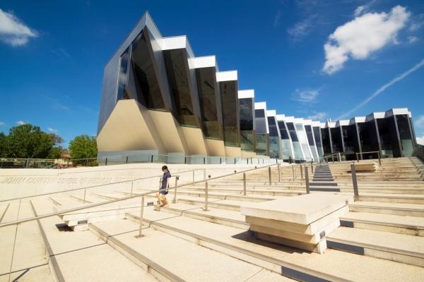 Найкрасивіші університети світу