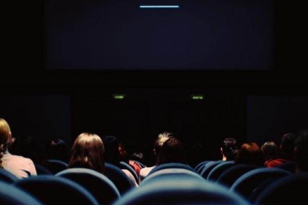 Волонтери адаптували понад 60 фільмів для незрячих людей