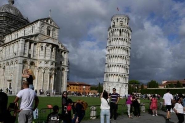 Пізанська вежа вирівнялася на 4 сантиметри