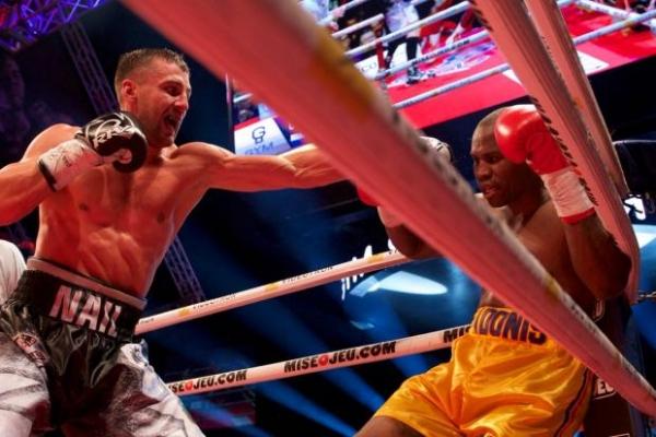 Вперед, Україно! Олександр Гвоздик у важкому поєдинку «Супермена» та став чемпіоном світу (Відео)