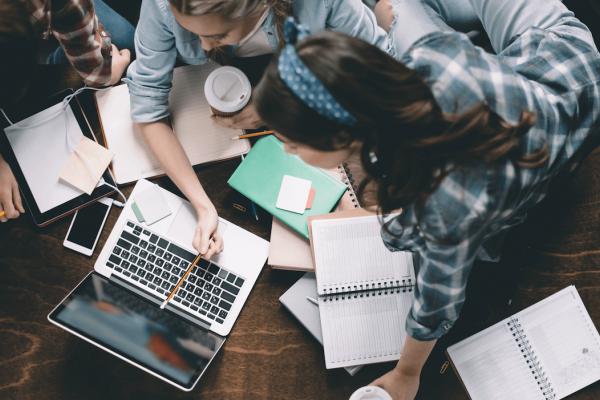 iLearn: ефективна підготовка до ЗНО в онлайн (БЕЗКОШТОВНО)