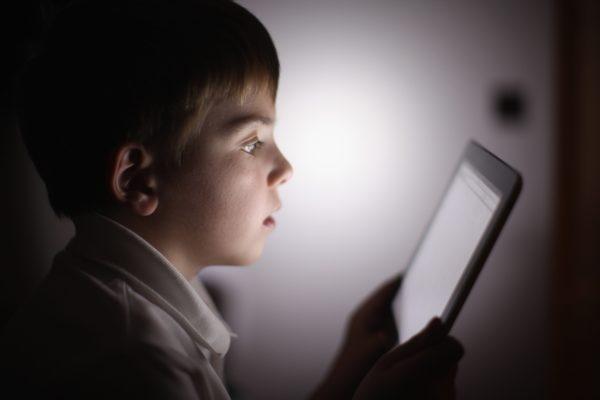Секс-скандал: Школярі зняли дитяче порно і виклали його в мережу (Відео)