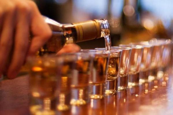 Пити чи не пити — ось питання: Супрун розповіла, чи має алкоголь лікувальні властивості