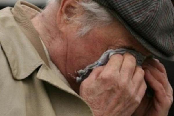 Юнаки заради розваги переслідували пенсіонера з дружиною. Потім хлопці жорстоко побили дідуся
