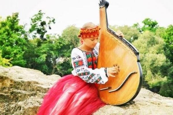 Талановита дівчинка визнана самим молодим композитором України (Фото)