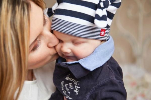 День матері 2019: головні традиції і звичаї свята в Україні