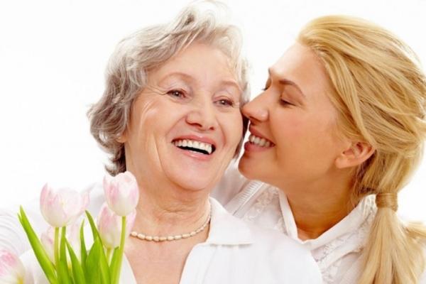 Свято «на носі»: 14 ідей подарунків до Дня матері