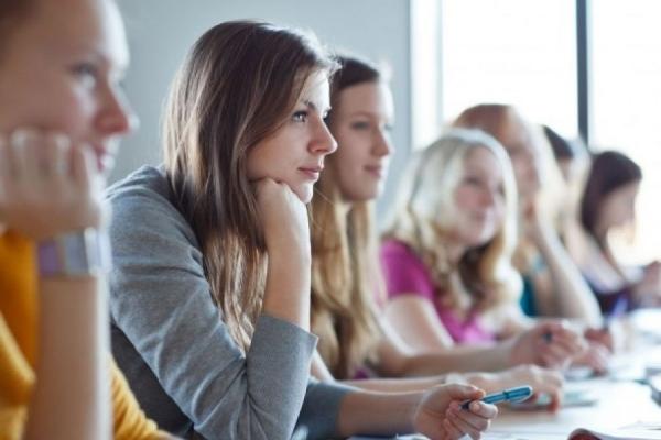 Тернопільські студенти можуть отримати гранти на оплату навчання