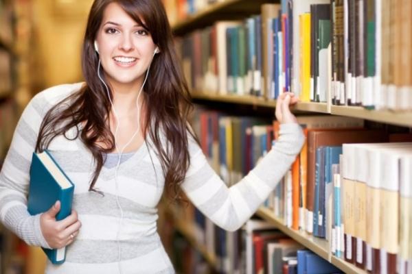 Не тільки вчителька укрмови: 7 професій для філолога