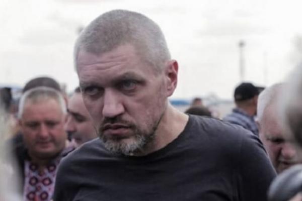 Ламали молотком ребра, підвішували ластівкою до стіни: з'явились подробиці катувань звільнених українських політв'язнів