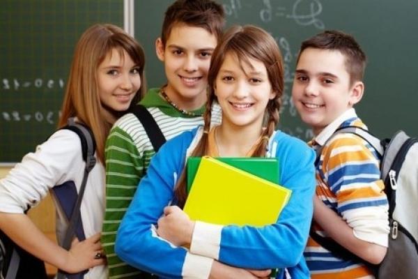 Як на Тернопільщині школярі «познущалися» над вчителями заради смішного ролика (Відео)