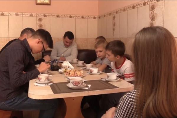 У тернопільського студента — надзвичайна сім'я (Відео)