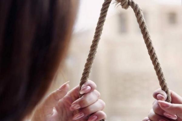 На Тернопільщині повісилися дві жінки