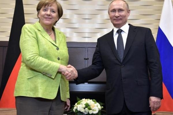 Путін назвав Меркель свої вимоги по Донбасу (Відео)