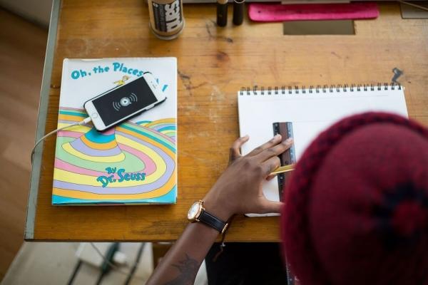 Школярам можуть заборонити користуватися смартфонами під час уроків