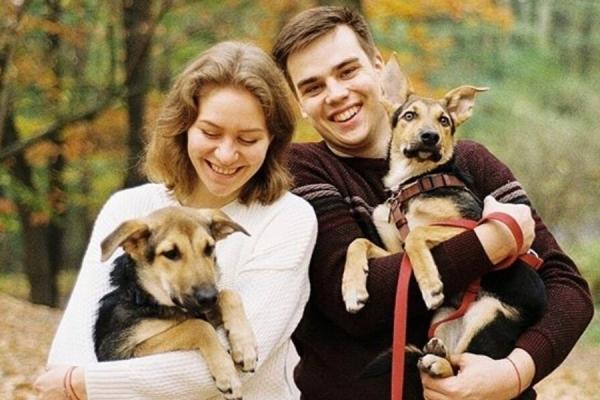 Історії людей, які взяли собаку з притулку