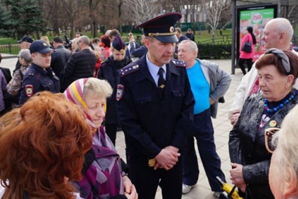 Кримчанам, які вшановували пам'ять Тараса Шевченка, окупанти заборонили співати гімн України