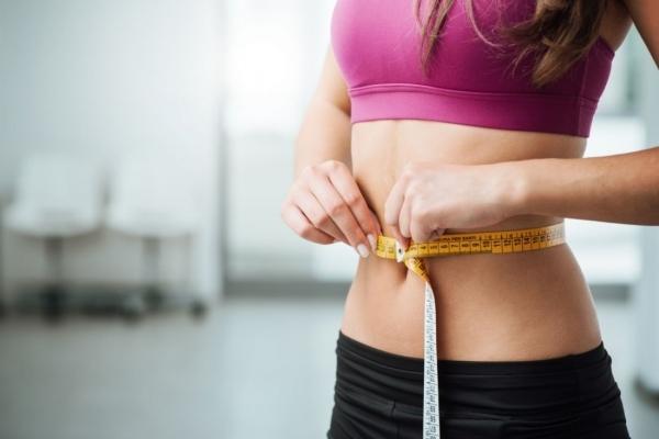 Як не набрати зайві кілограми під час карантину (Відео)
