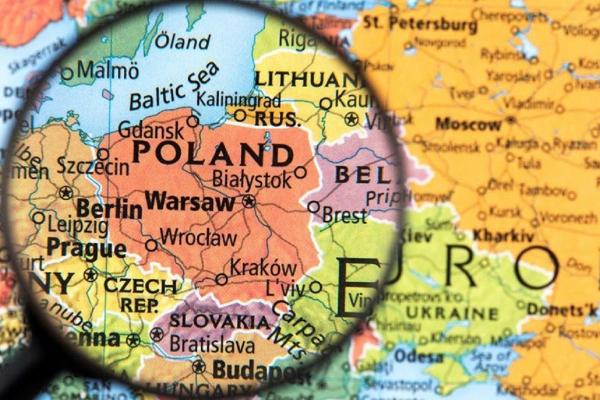 Польща скасувала двотижневий карантин для українців: подробиці