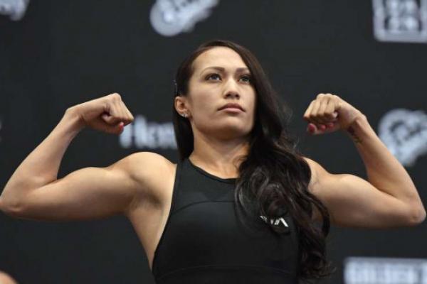 Побиття за 7 секунд: Найшвидший нокаут в історії жіночого боксу (Відео)