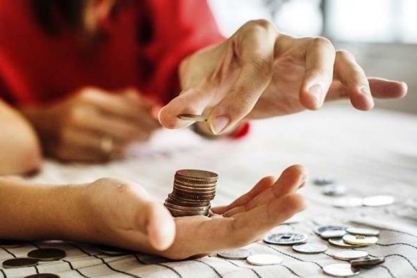 В Україні пропонують підняти зарплату бюджетникам: кого торкнеться